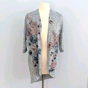 Live in the Moment Flower Grey Open Cardigan Med